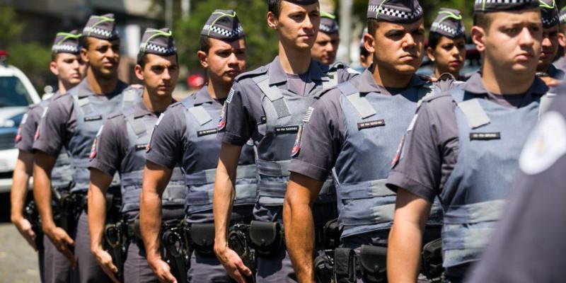 Marcio França promete 25% de aumento para policiais e professores