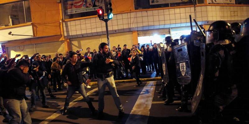 Às portas da ditadura, Equador decreta estado de exceção