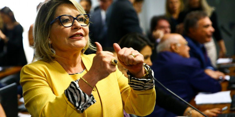 TSE cassa mandato da senadora Selma Arruda