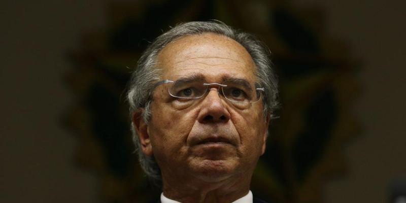 Servidores SP peitam parasita Paulo Guedes