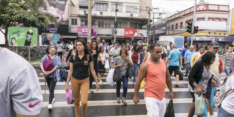 Niterói tem pelo menos 40 lojas fechadas que não irão reabrir