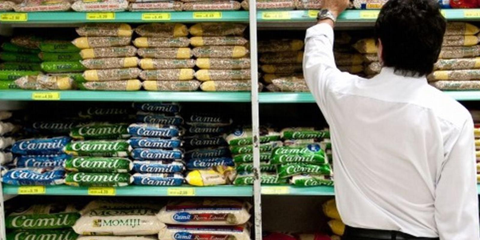 Alimentação e educação elevam inflação