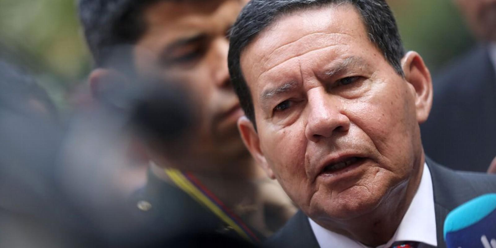 Governo pode oferecer cargos para aprovar reforma da previdência, diz Mourão