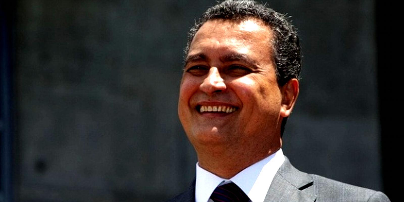 Bahia: governador decidiu cortar salário de professores em greve