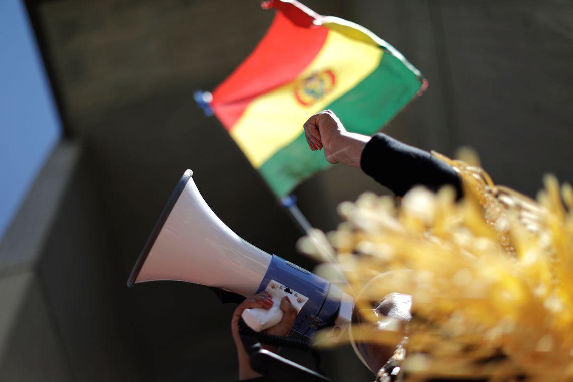 Bolívia deve responsabilizar militares