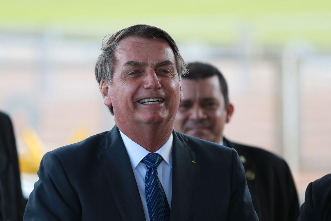Mais aumento? Bolsonaro defende cobrança de ICMS nas refinarias